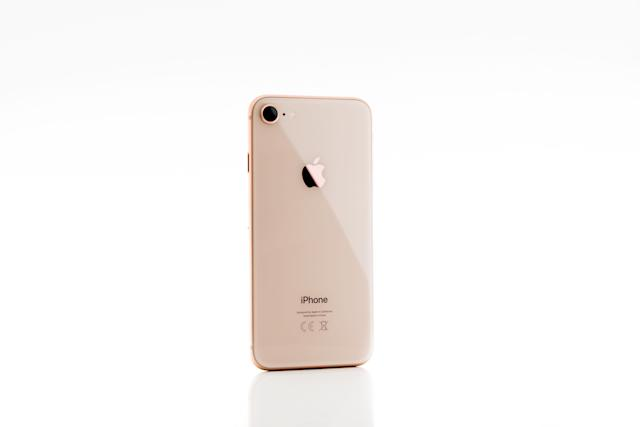 <span><strong>Black Friday:Free $250 Target Gift Card w/ Apple iPhone 8 or 8 Plus Purchase & Qualified Activation</strong></span> (Target)