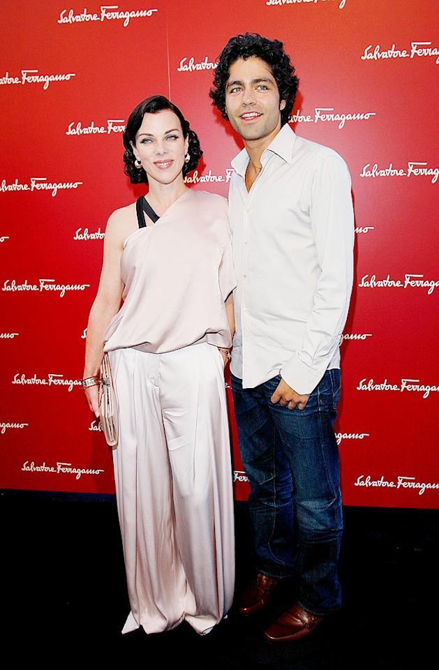 """Last night, the divine Debi Mazar and her """"Entourage"""" costar, Adrian Grenier, attended a charity event at the Ferragamo boutique in Beverly Hills. Donato Sardella/<a href=""""http://www.wireimage.com"""" target=""""new"""">WireImage.com</a> - June 2, 2009"""