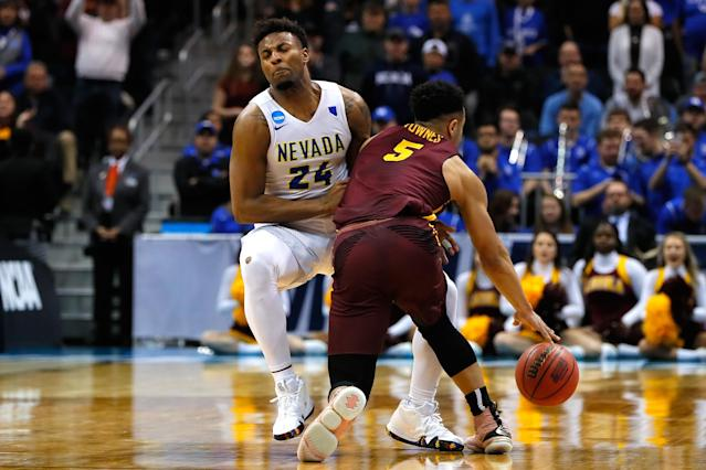 Did Loyola Chicago's Marques Townes travel before he was fouled by Nevada's Jordan Caroline? (Getty)