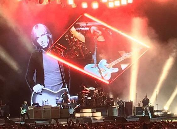 Foo Fighters pay tribute to Tom Petty at Cal Jam 2017 (Photo: Facebook)