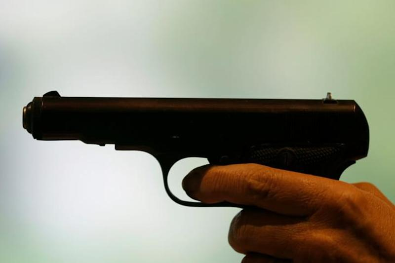 Delhi Man Shoots Self in Ear After Argument, Bullet Pierces His Head & Hits 7-Month Pregnant Wife