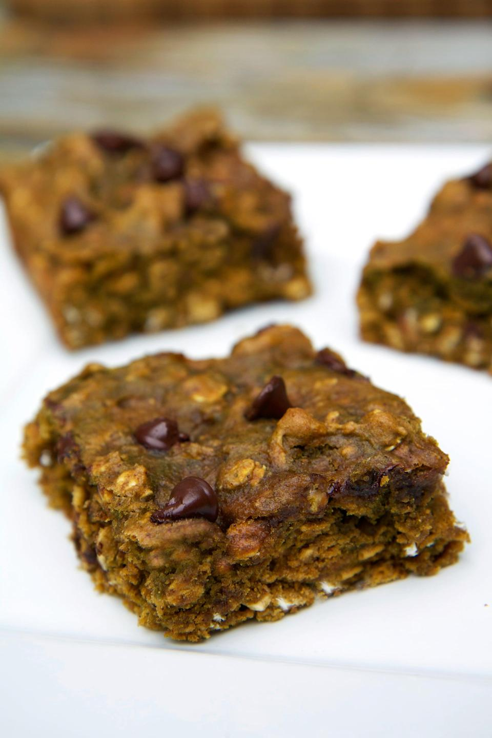 """<p>If you are craving a sweet treat at the end of the night, these protein-packed chocolate chip pumpkin protein bars will satisfy any craving.</p> <p><b>Get the recipe</b>: <a href=""""https://www.popsugar.com/fitness/Pumpkin-Protein-Bar-Recipe-35747097"""" class=""""link rapid-noclick-resp"""" rel=""""nofollow noopener"""" target=""""_blank"""" data-ylk=""""slk:chocolate chip pumpkin protein bars"""">chocolate chip pumpkin protein bars</a></p>"""