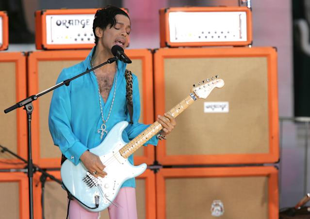 Prince performs on ABC's <em>Good Morning America</em> Concert Series in Bryant Park on June 16, 2006, in New York. (Photo: Getty Images)