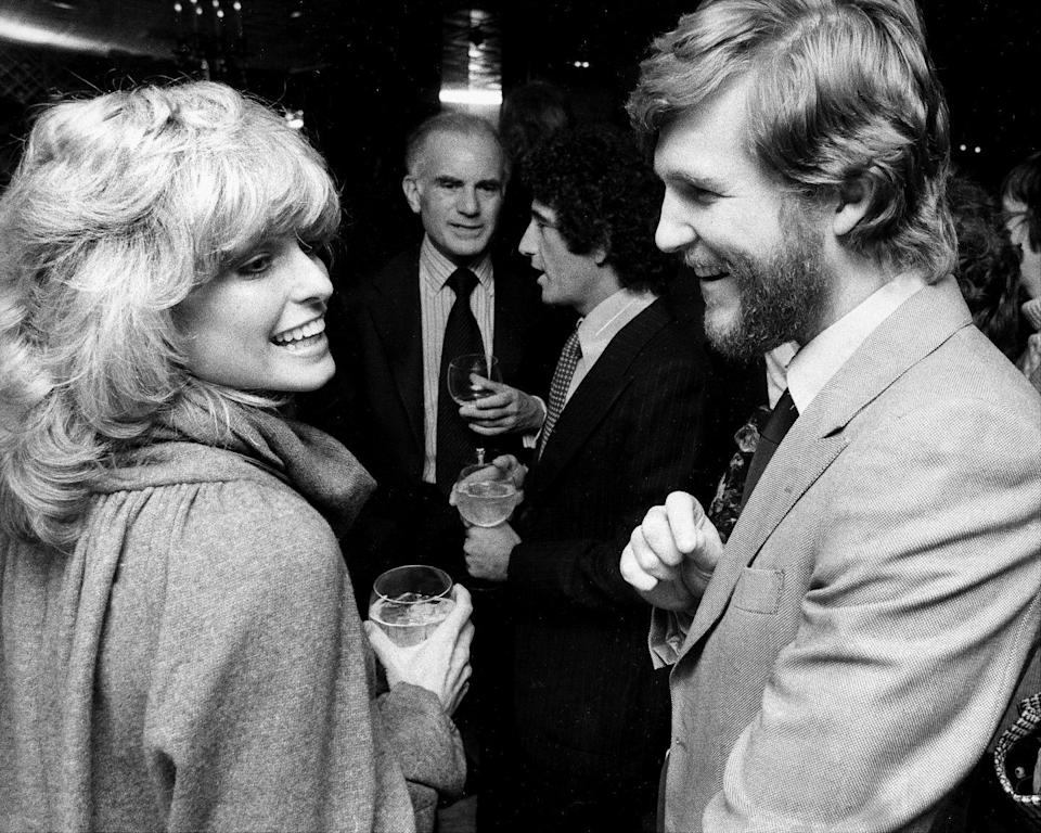 <p>Farrah Fawcett and Jeff Bridges mingle at a party in New York City hosted by Fabergé. </p>