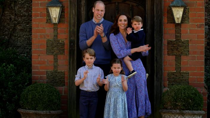 cambridge family clap for carers