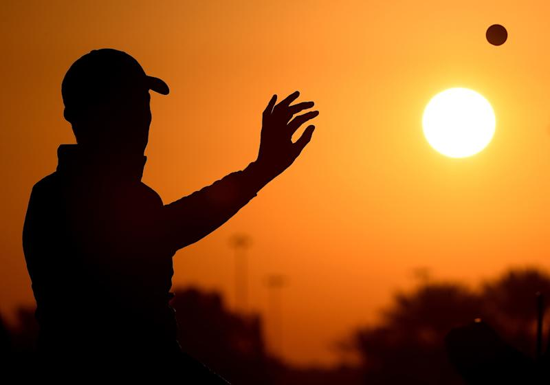 ABU DHABI, UNITED ARAB EMIRATES - JANUARY 19: Matthew Fitzpatrick of England warms up on the range prior to round two of the Abu Dhabi HSBC Golf Championship at Abu Dhabi Golf Club on January 19, 2018 in Abu Dhabi, United Arab Emirates. (Photo by Ross Kinnaird/Getty Images)