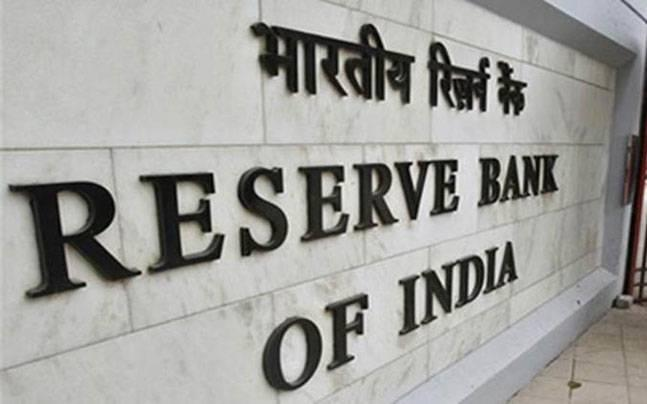 No rise in cash withdrawals after RBI removed limits. Is India moving towards cashless transactions?