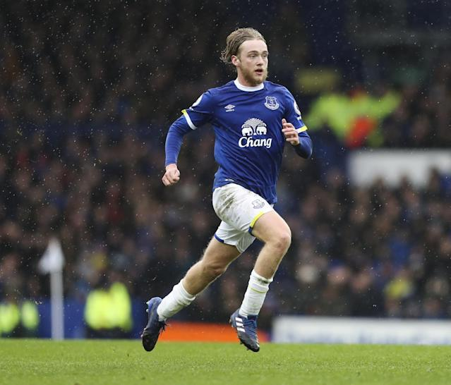 Everton planning to reward Tom Davies with new long-term contract