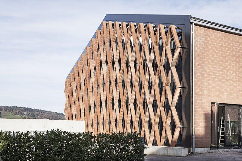 The robotically-built brick facade of the Keller AG Headquarters