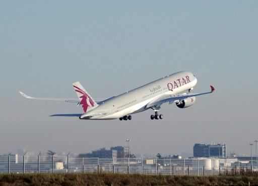 Qatar Airways, Etihad to enforce Trump travel ban