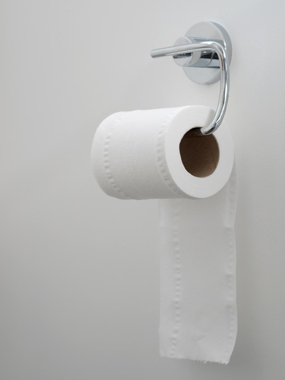Turns out there's an officially correct way to hang the toilet roll and this isn't it! (Getty Images)