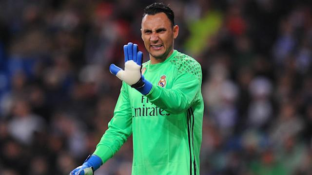 With Keylor Navas whistled at the Santiago Bernabeu after recent mistakes, former Real Madrid man Iker Casillas has leapt to his defence.