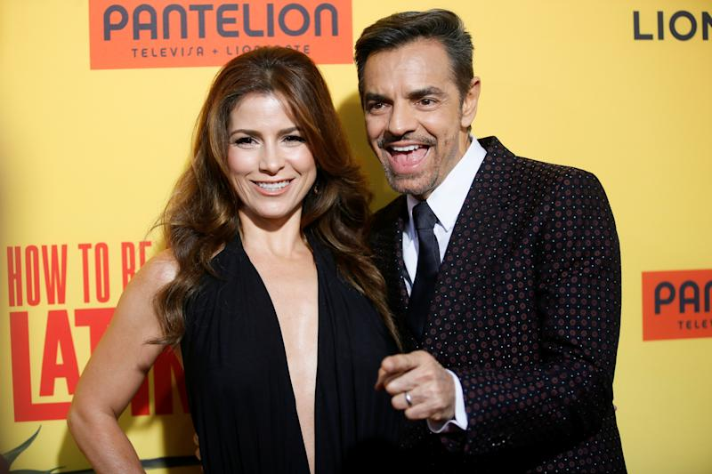 "Actor Eugenio Derbez (R) and wife Alessandra Rosaldo (L) pose at the premiere of ""How to Be a Latin Lover"" in Los Angeles, California, U.S. April 26, 2017. REUTERS/Danny Moloshok"