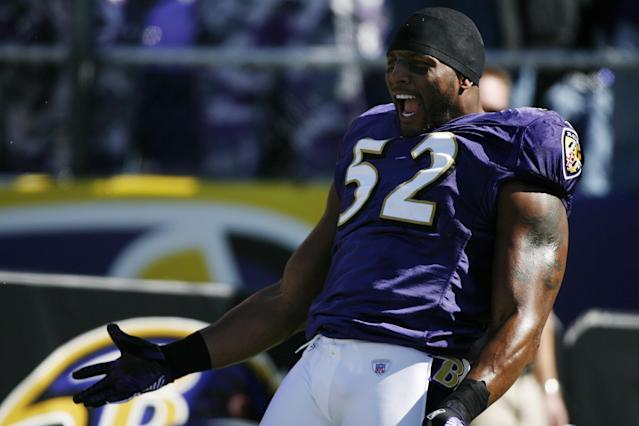 BALTIMORE - OCTOBER 15: Ray Lewis #52 of the Baltimore Ravens enters the stadium before a game against the Carolina Panthers at M&T Bank Stadium on October 15, 2006 in Baltimore, Maryland. The Panthers defeated the Ravens 23-21. (Photo by Joe Robbins/Getty Images)
