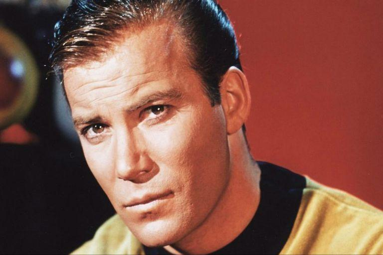 William Shatner como el Capitán Kirk