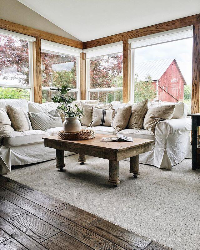 """<p>You may recognize Liz Marie from <a href=""""http://www.countryliving.com/home-design/g3453/designer-liz-marie/"""" rel=""""nofollow noopener"""" target=""""_blank"""" data-ylk=""""slk:her impeccable farmhouse interiors"""" class=""""link rapid-noclick-resp"""">her impeccable farmhouse interiors</a>, but did you know she also owns <a href=""""http://thefoundcottage.com/"""" rel=""""nofollow noopener"""" target=""""_blank"""" data-ylk=""""slk:The Found Cottage"""" class=""""link rapid-noclick-resp"""">The Found Cottage</a>, a vintage home accessories shop? Shabby chic style is abundant over at Liz Marie's blog, along with thoughtful posts that give an insight into her personal life. I'm pretty confident that she'd be comfortable and engaging on camera!</p><p><br></p><p><strong>See more at <a href=""""http://www.lizmarieblog.com"""" rel=""""nofollow noopener"""" target=""""_blank"""" data-ylk=""""slk:Liz Marie Blog"""" class=""""link rapid-noclick-resp"""">Liz Marie Blog</a></strong><span><strong>.</strong></span></p>"""