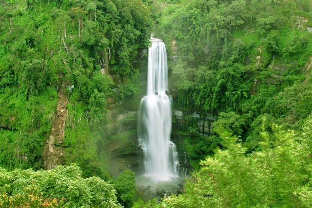 "Vantawng Khawhthla, the highest waterfall in Mizoram. The two-tiered waterfall has a total height of 751 feet and is the 13th highest waterfall in India. It is located at a distance of 137 km from Aizawl.<br><br>By <a href=""https://www.flickr.com/photos/chamtea/"" rel=""nofollow noopener"" target=""_blank"" data-ylk=""slk:chamtea"" class=""link rapid-noclick-resp"">chamtea</a>/ Flickr"