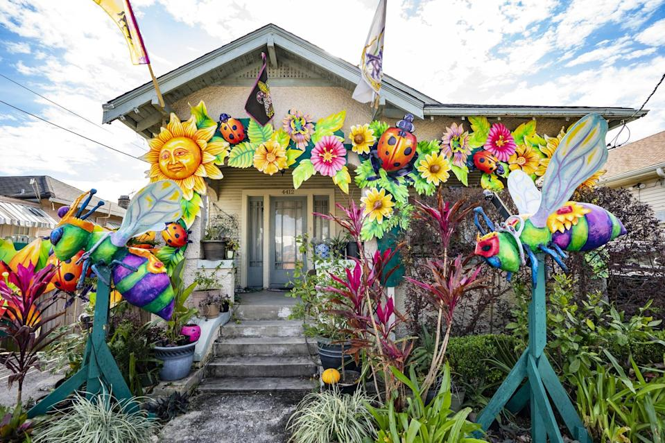 <p>Created by Royal Artists, this garden-themed house float is pinned with beautiful ladybugs and floral arrangements.</p>