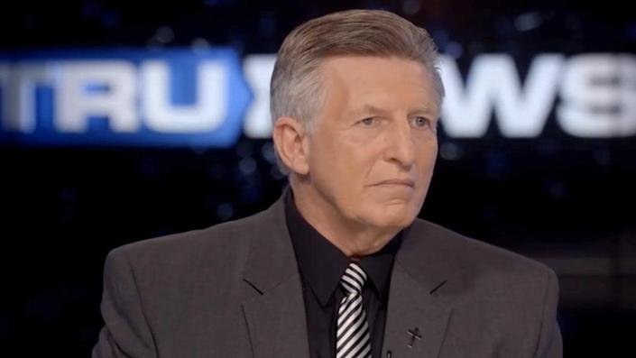 """Pastor Rick Wiles claims President Donald Trump's supporters will bring """"violence to America"""" if he's impeached"""
