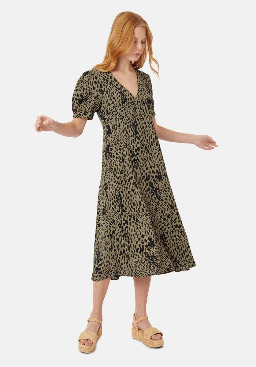 """The Cara Cara <a href=""""https://caracara.la/collections/support-sale"""" rel=""""nofollow noopener"""" target=""""_blank"""" data-ylk=""""slk:&quot;support indie brands&quot; sample sale"""" class=""""link rapid-noclick-resp"""">""""support indie brands"""" sample sale</a> is back on through May 31 with proceeds going to the <a href=""""https://mayorsfundla.org/covid19/"""" rel=""""nofollow noopener"""" target=""""_blank"""" data-ylk=""""slk:City of LA's Emergency COVID-19 Crisis Fund"""" class=""""link rapid-noclick-resp"""">City of LA's Emergency COVID-19 Crisis Fund</a>. <br> <br> <strong>Traffic People</strong> Mia Dot Dress, $, available at <a href=""""https://go.skimresources.com/?id=30283X879131&url=https%3A%2F%2Fcaracara.la%2Fcollections%2Fdresses-1%2Fproducts%2Fmia-dot-dress"""" rel=""""nofollow noopener"""" target=""""_blank"""" data-ylk=""""slk:Cara Cara"""" class=""""link rapid-noclick-resp"""">Cara Cara</a>"""