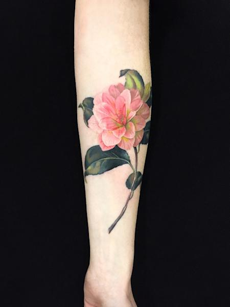 "<div class=""caption""> Dutch Master for a new age: a floral tattoo by Wachob. </div> <cite class=""credit"">Photo: Amanda Wachob</cite>"