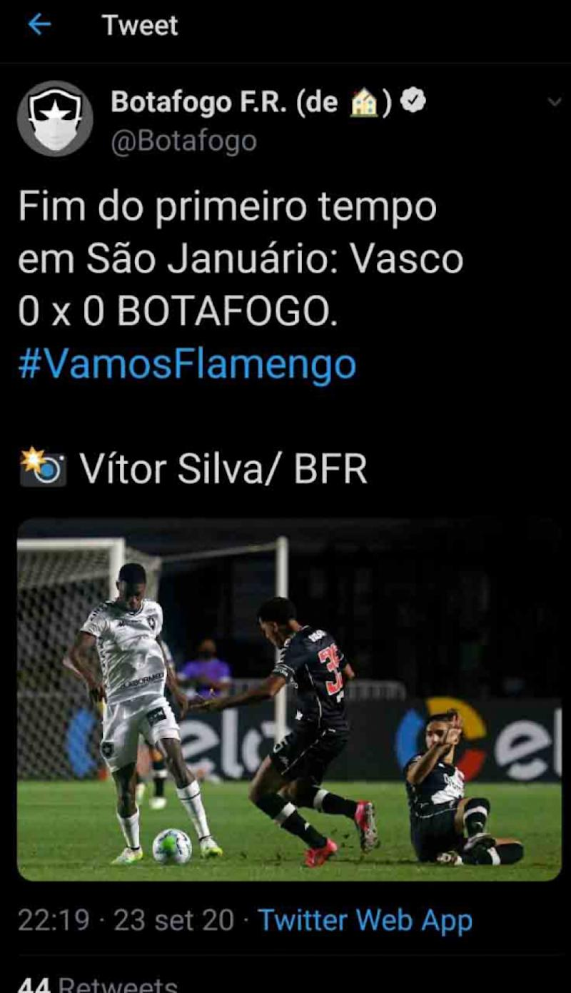 Perfil do Botafogo no Twitter comete gafe e usa hashtag do Flamengo