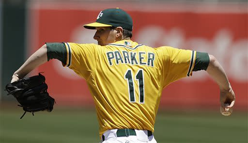 Parker outduels Sale as A's sweep White Sox