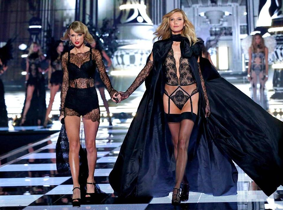 Taylor Swift, Karlie Kloss, Victorias Secret Fashion Show 2014