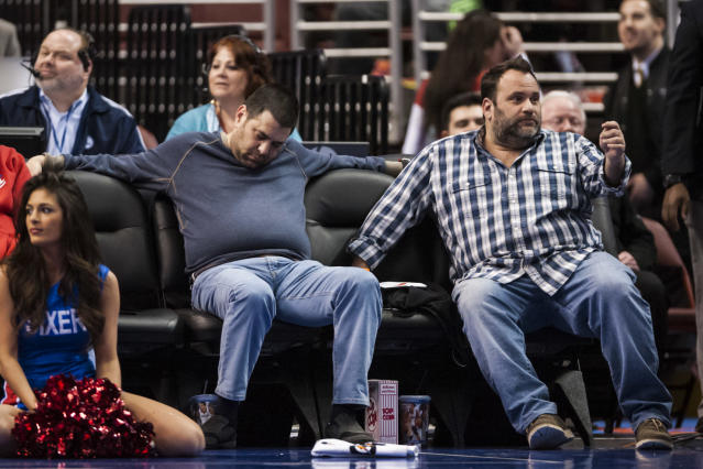 The Philadelphia 76ers are so bad that they are putting fans to sleep in the front row of their games (Photos)