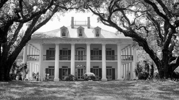 PHOTO: The Oak Alley plantation in Vacherie, La., was built in the 1830s. A website for the property says, 'Oak Alley as a sugar plantation was built by and relied on enslaved men, women and children.' (Roger Viollet via Getty Images, FILE)
