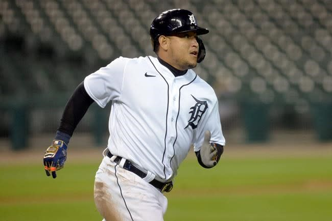 Miguel Cabrera homers to help Tigers beat Royals 6-0