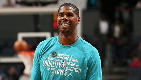 Marvin Williams reportedly will sign with the Milwaukee Bucks