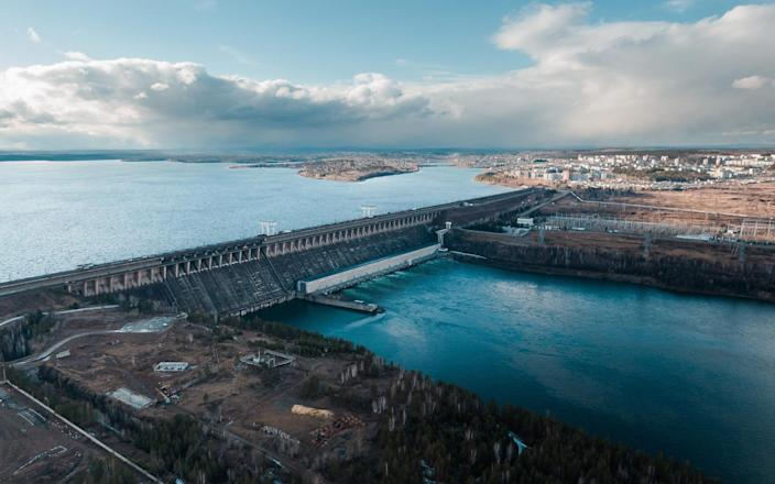 BitRiver's Russian Bitcoin data centres rely on power from a nearby hydropower station - BitRiver