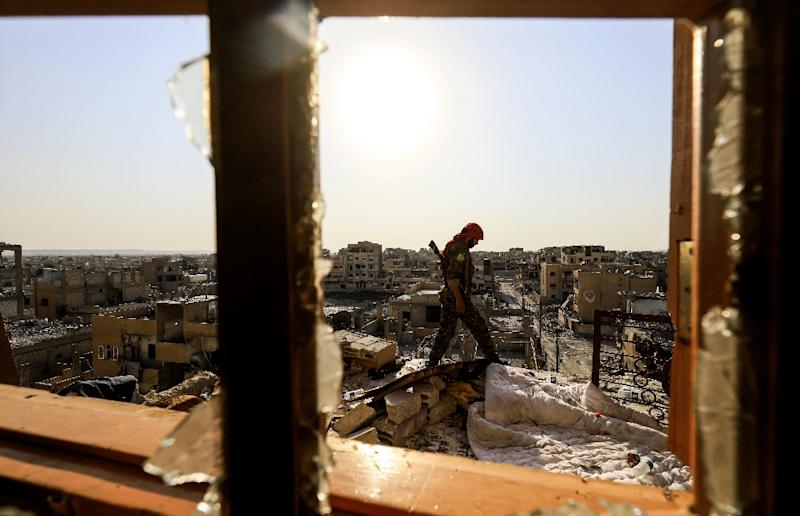 """The US-backed Syrian Democratic Forces say they are in the """"final stages"""" of capturing Raqa from the Islamic State group (AFP Photo/Delil souleiman)"""
