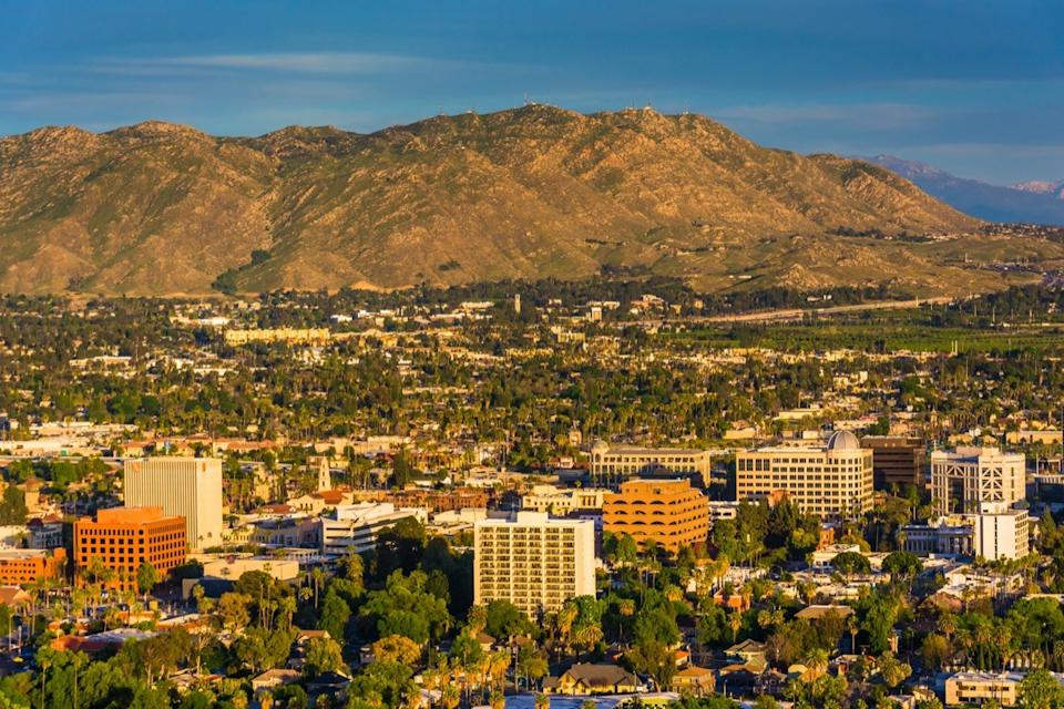 riverside california, most common town names