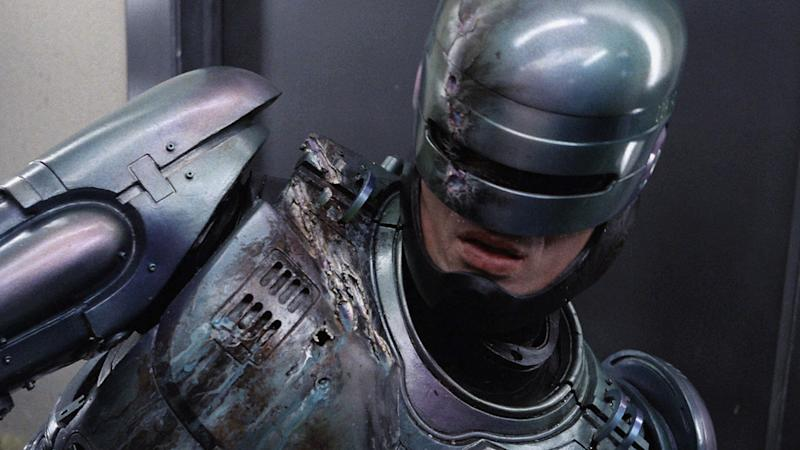 RoboCop Returns loses District 9 director Neill Blomkamp