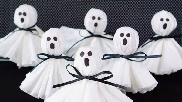 23 Absurdly Easy Halloween Crafts