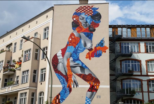 attack-of-the-50-foot-woman-berlin