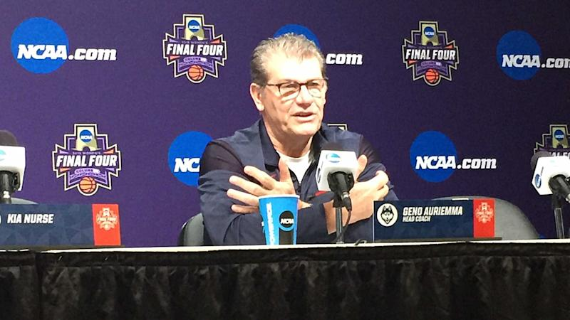Women's Final Four 2018: Geno Auriemma shouldn't have to defend UConn's success this much