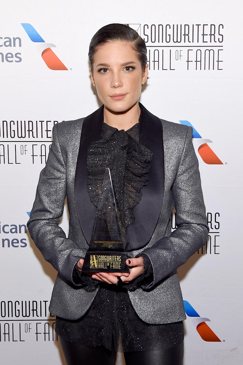 NEW YORK, NEW YORK - JUNE 13: Halsey poses backstage during the Songwriters Hall Of Fame 50th Annual Induction And Awards Dinner at The New York Marriott Marquis on June 13, 2019 in New York City. (Photo by Larry Busacca/Getty Images for Songwriters Hall Of Fame)