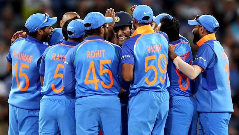 India Squad for ICC Cricket World Cup 2019 to Be Announced Today: KL Rahul Could Find a Place in the Team; Rishabh Pant, Dinesh Karthik Might Miss Out