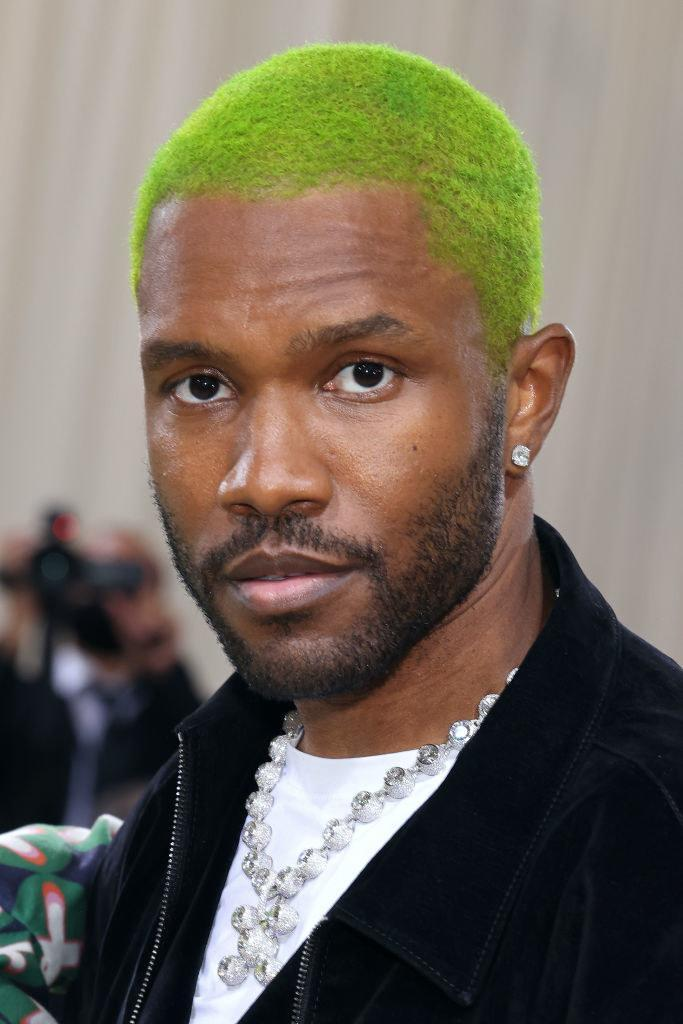 Ocean poses with green hair