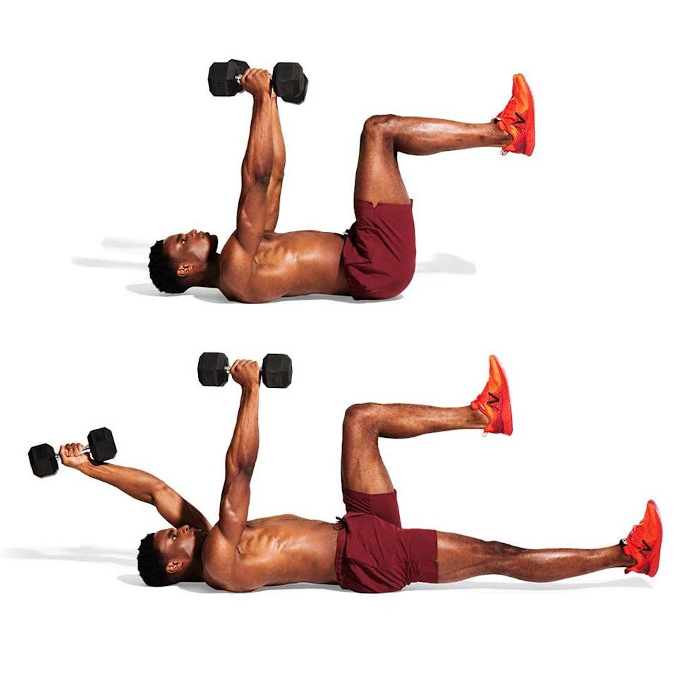 <p>With a dumbbell in each hand, lift your arms towards the ceiling. Raise your legs, your knees bent at 90º (<strong>A</strong>). Slowly extend your left arm and right leg simultaneously, keeping your back straight (<strong>B</strong>). Return, then repeat on the other side.</p>