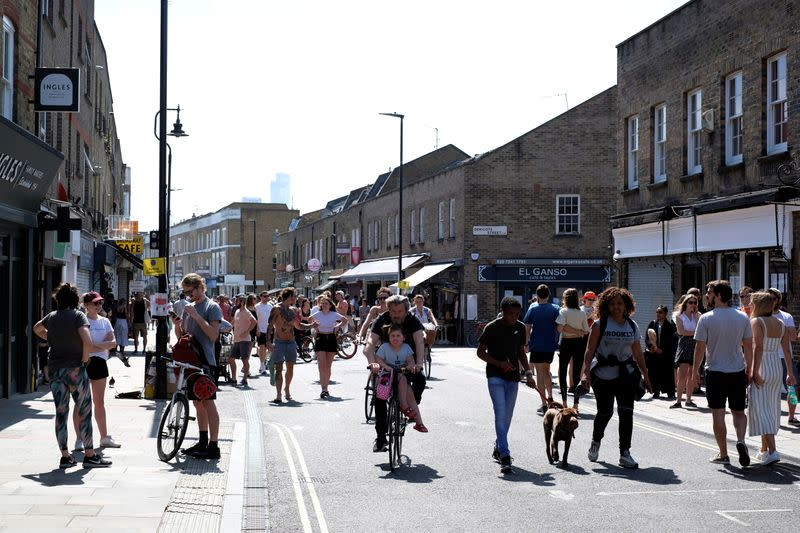 UK commuters face cycling or walking to work once lockdown is eased