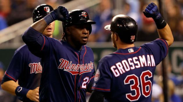 Twins rout Orioles behind 21 hits to ruin Jones' record-breaking homer