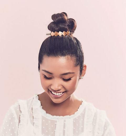 <p>Flower crowns aren't your #aesthetic? We got you. </p>
