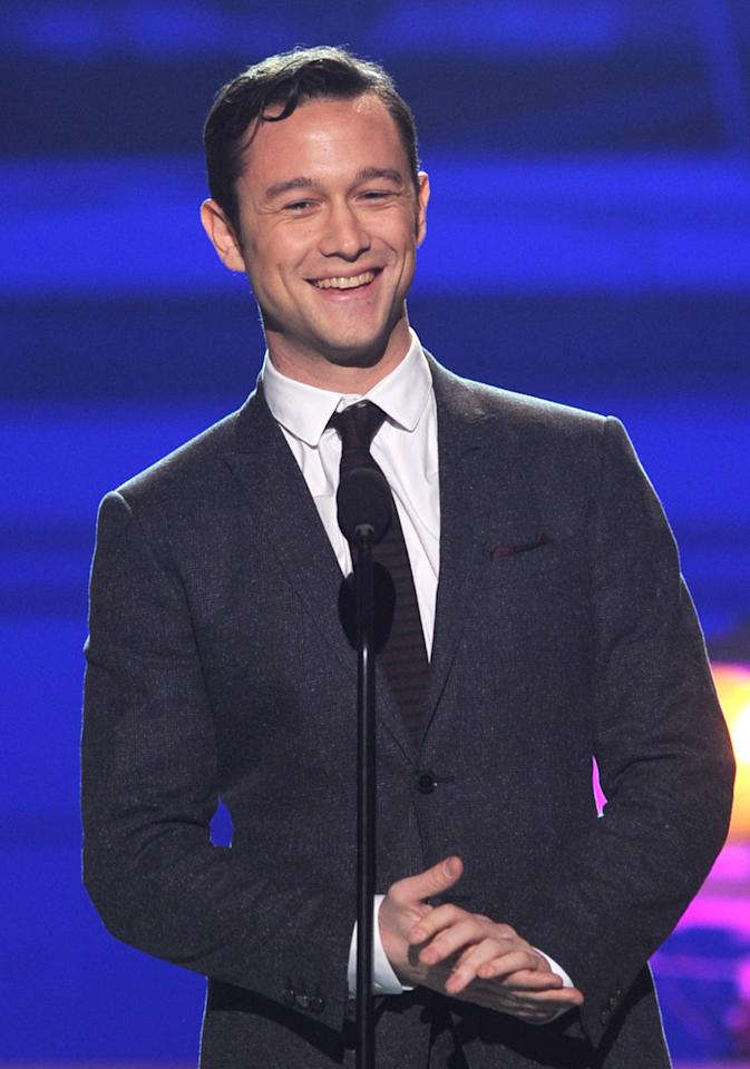 SANTA MONICA, CA - JANUARY 10:  Actor Joseph Gordon-Levitt onstage at the 18th Annual Critics' Choice Movie Awards held at Barker Hangar on January 10, 2013 in Santa Monica, California.  (Photo by Kevin Winter/Getty Images)