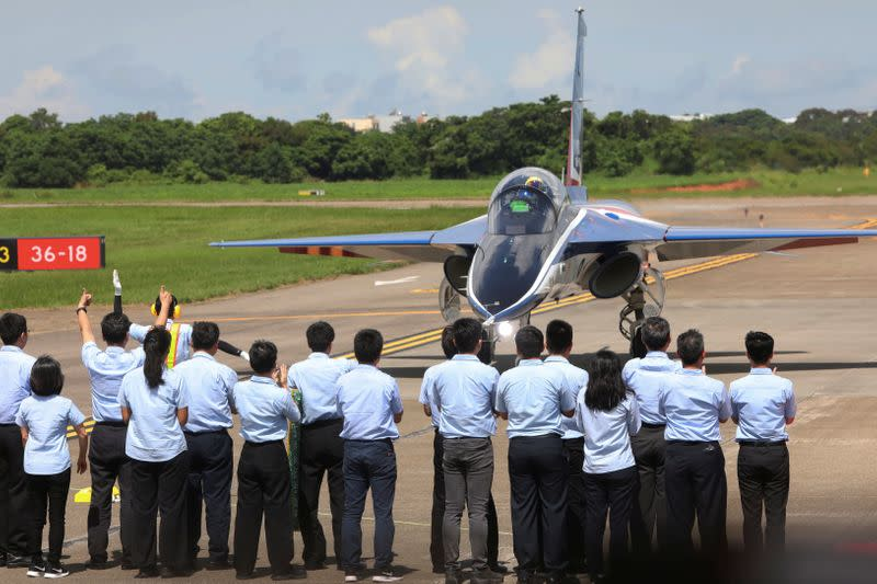 An AIDC T-5 Brave Eagle, Taiwan's first locally manufactured advanced jet trainer, lands in Taichung