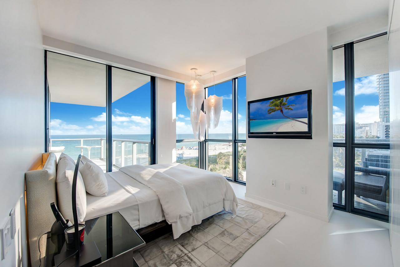 Zaha Hadid\'s South Beach Home in Miami Has Just Sold