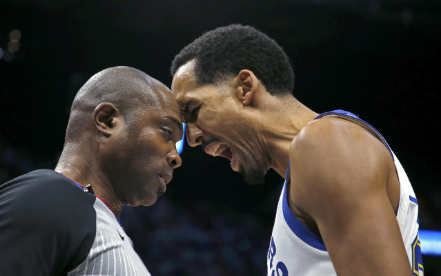 "Referee Courtney Kirkland and Warriors guard <a class=""link rapid-noclick-resp"" href=""/nba/players/3821/"" data-ylk=""slk:Shaun Livingston"">Shaun Livingston</a> butted heads earlier this season. (AP)"